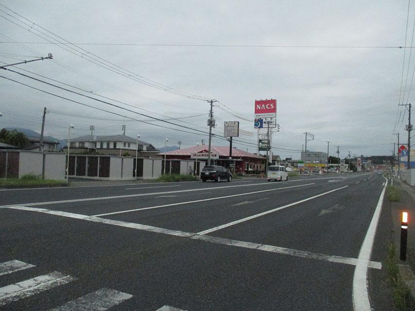 国道から望む紫波桜町ステーション